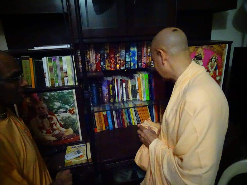 Radhanath Maharaja visited ISKCON Desire Tree